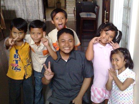Farijs van Java Jualan Anak-anak 1