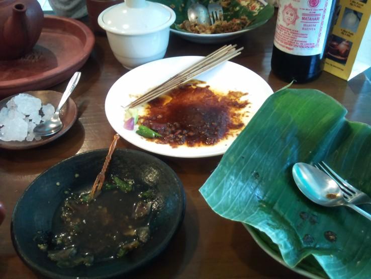 Menu Makan Siang - Khas Cirebon