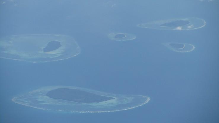 Pulau-pulau kecil di sekitar Sulawesi