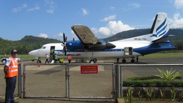 Pesawat mendarat di Sorowako
