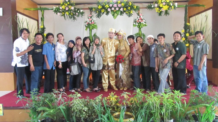 Resepsi Pernikahan Pak Bambang dan Bu Bambang