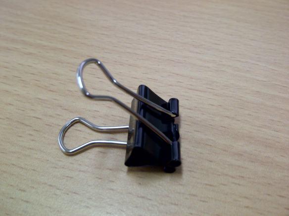 Klem Kertas (Binder Clip)